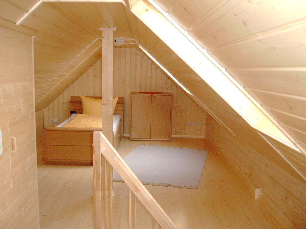 Dachzimmer  Gasthaus Weiler - Gästezimmer - Ferienwohnungen